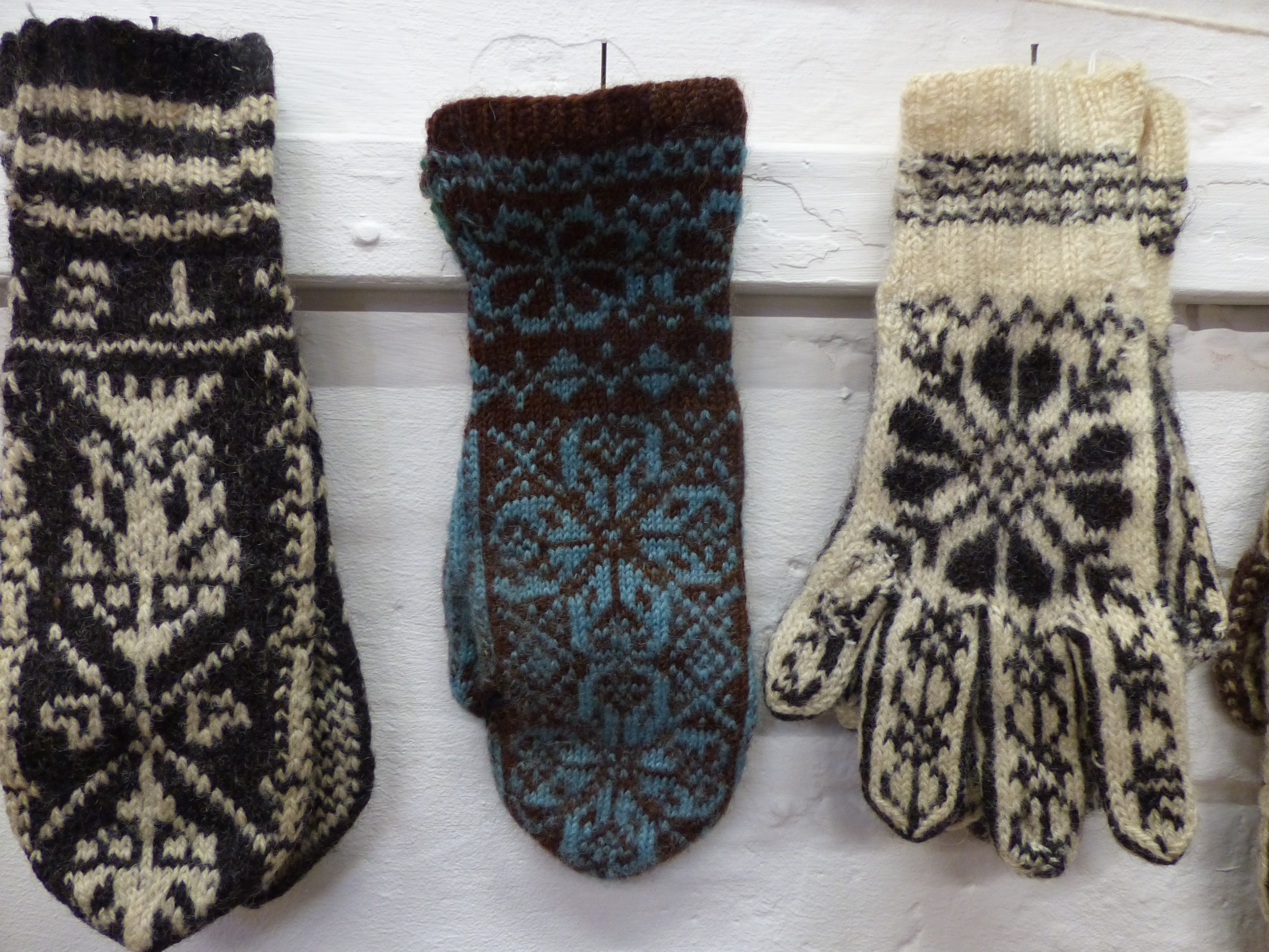 Knitting Pattern For Norwegian Mittens : yarnful Stories and textiles. Pull up a chair and make time for a good yarn?