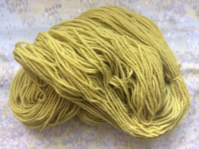 Daffodil yarn.JPG